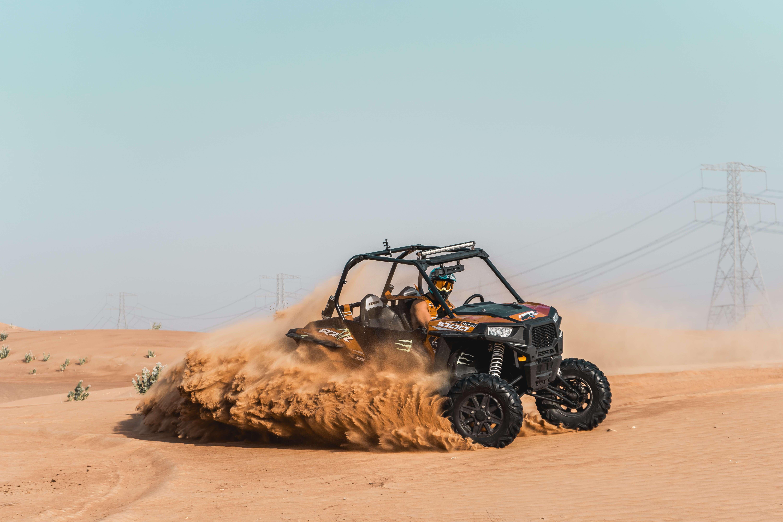 UTV in dubai desert
